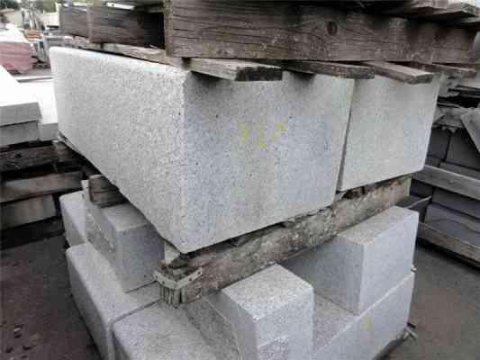 Bloc granit gris 100x40x30 cm