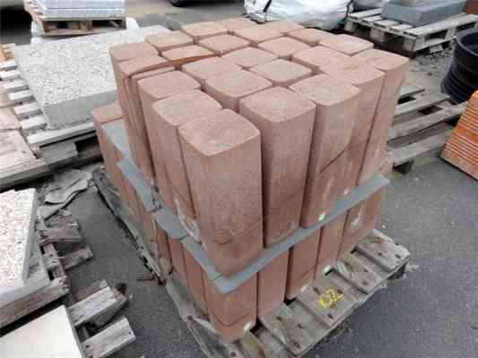 Demi poteau palissade béton couleur brique