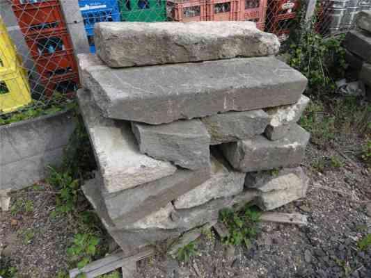 Escalier ancien lave de Volvic