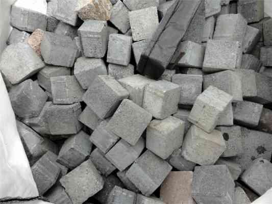 Pavés béton gris