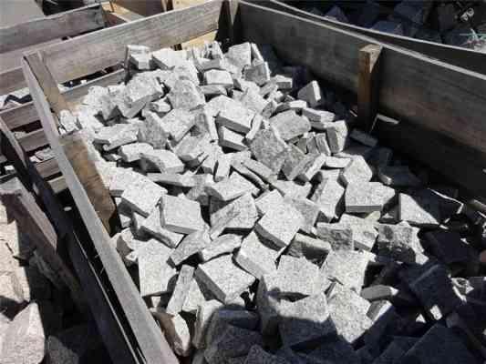 Pavés plaquettes granit gris 10x10x2 cm