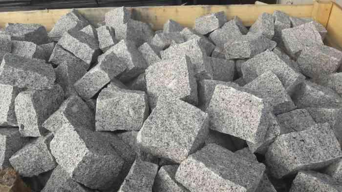 PAvés granit gris 10x10x5 cm
