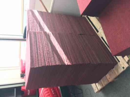 Dalles de moquettes 50x50